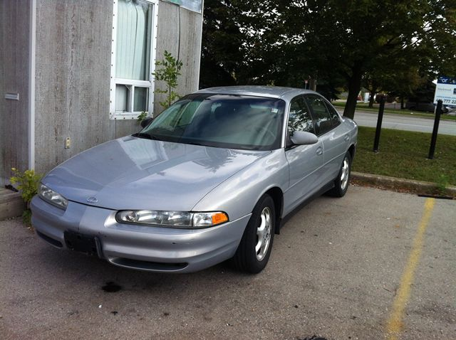 1999 OLDSMOBILE INTRIGUE GX in Scarborough, Ontario