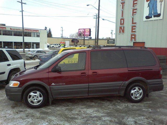 2002 pontiac montana ext minivan 4d extended sport van. Black Bedroom Furniture Sets. Home Design Ideas