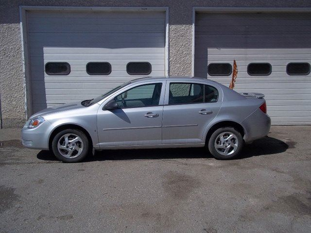 2008 PONTIAC G5 Base 4dr Sedan in Winnipeg, Manitoba