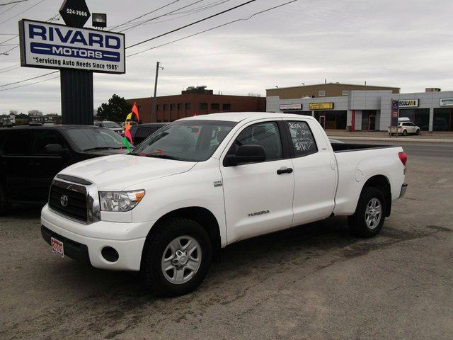 2009 toyota tundra 4x2 double cab sr5 4 7l 5at white rivard motors. Black Bedroom Furniture Sets. Home Design Ideas
