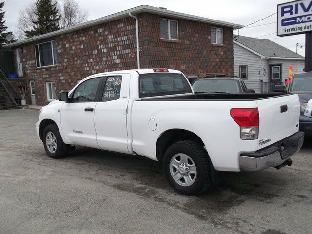 2009 toyota tundra 4x2 double cab sr5 4 7l 5at sudbury ontario used car for sale 1399407. Black Bedroom Furniture Sets. Home Design Ideas