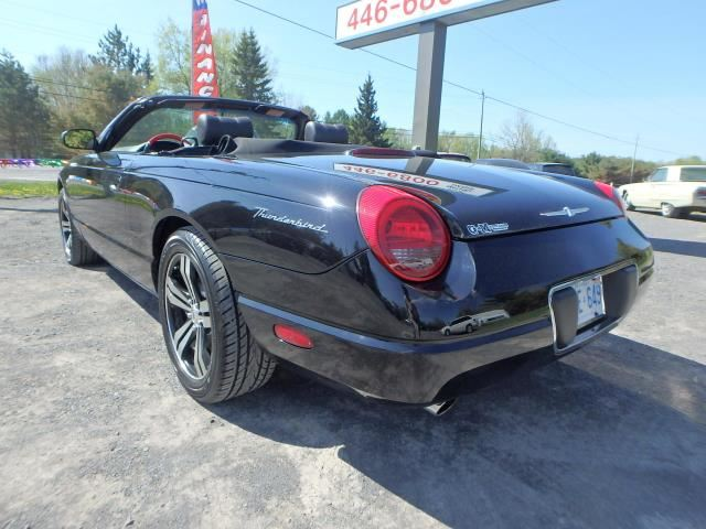 2002 ford thunderbird rockland ontario car for sale 1414546. Black Bedroom Furniture Sets. Home Design Ideas