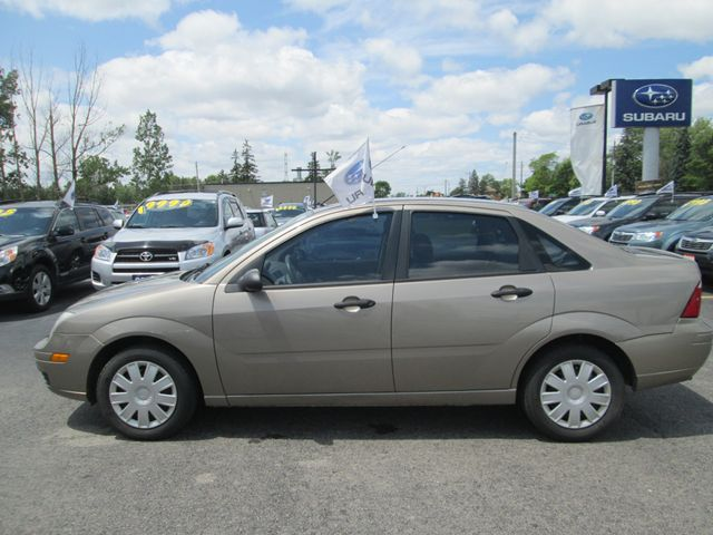 2005 ford focus zx4 stratford ontario used car for sale. Black Bedroom Furniture Sets. Home Design Ideas