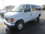 2007 Ford E-350 WELL EQUIPPED PEOPLE MOVER 11 PASSENGER ADVANCE TRAC RSC.. KEYLESS.. CD.. in Bradford, Ontario