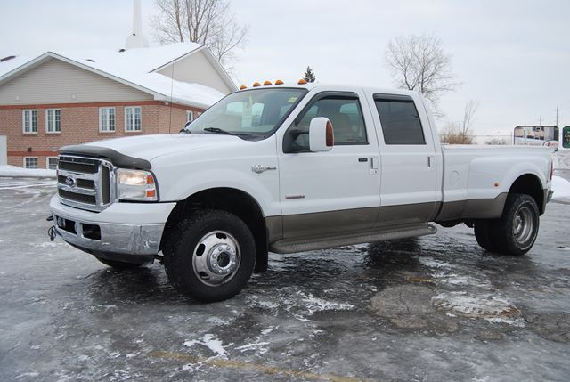 Ford Super Duty F-350 2006