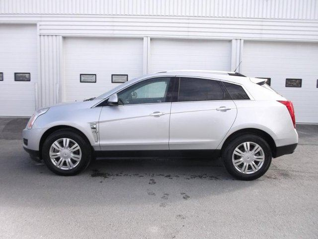 2010 CADILLAC SRX Luxury in Cranbrook, British Columbia