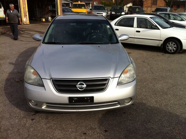 2002 nissan altima se scarborough ontario car for sale. Black Bedroom Furniture Sets. Home Design Ideas