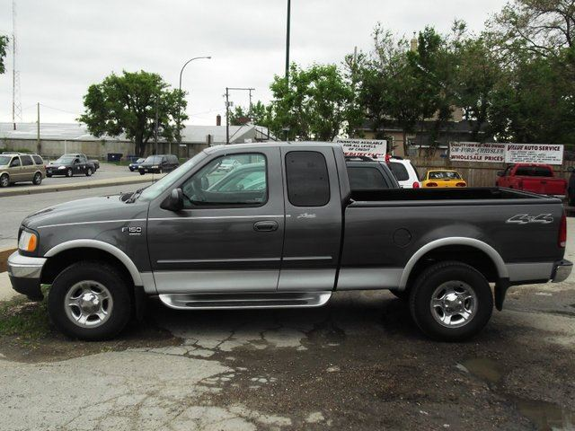 Used Cars Low Mileage Low Price 2002 Ford F-150 Lariat 4x4 Super Cab Flareside 139 in. WB in Winnipeg ...