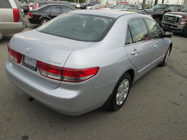 2004 honda accord ex guelph ontario used car for sale 1490537. Black Bedroom Furniture Sets. Home Design Ideas