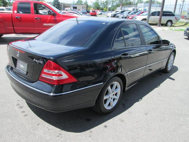 2006 mercedes benz c class c280 4 matic guelph ontario used car for sale 1490761. Black Bedroom Furniture Sets. Home Design Ideas