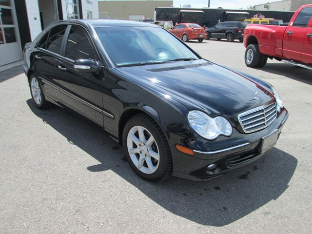 2006 mercedes benz c class c280 4 matic guelph ontario for Mercedes benz c class 2006 for sale