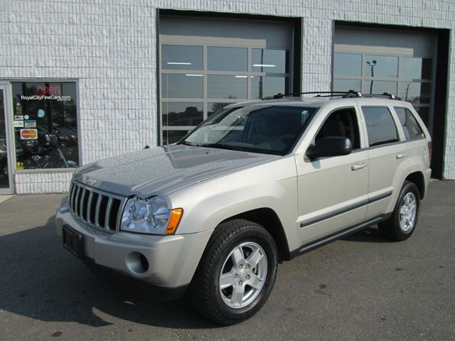 2007 jeep grand cherokee laredo guelph ontario used car for sale 1490755. Black Bedroom Furniture Sets. Home Design Ideas