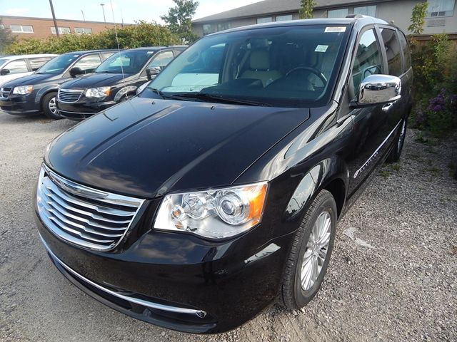 2014 chrysler town and country limited. Cars Review. Best American Auto & Cars Review