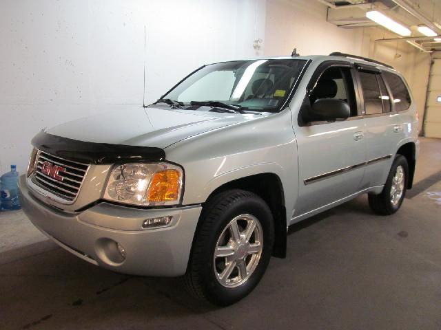 2007 GMC ENVOY SLT in Dartmouth, Nova Scotia