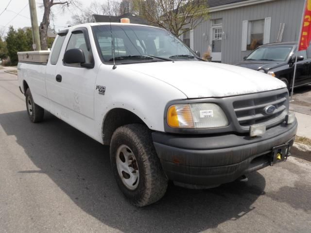 2002 ford f 150 xl 4x4 as is brampton ontario used car for sale 1511944. Black Bedroom Furniture Sets. Home Design Ideas
