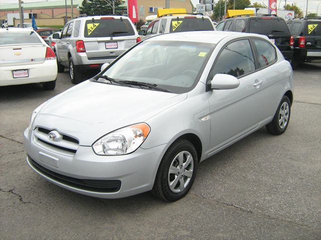 2009 hyundai accent gatineau quebec used car for sale. Black Bedroom Furniture Sets. Home Design Ideas