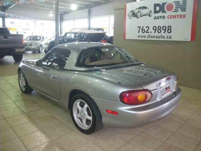 1999 mazda mx 5 miata toit dur rouyn noranda quebec. Black Bedroom Furniture Sets. Home Design Ideas