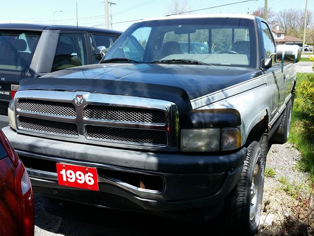 1996 dodge ram 1500 ottawa ontario car for sale 1526832. Black Bedroom Furniture Sets. Home Design Ideas