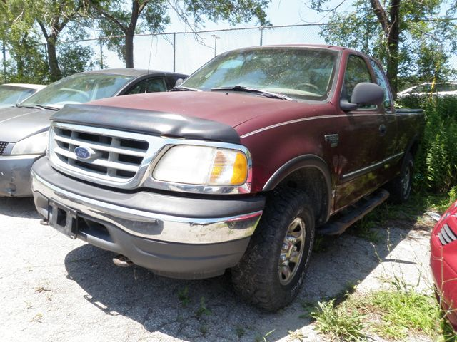1999 ford f 250 xl mississauga ontario used car for sale 1528289. Black Bedroom Furniture Sets. Home Design Ideas