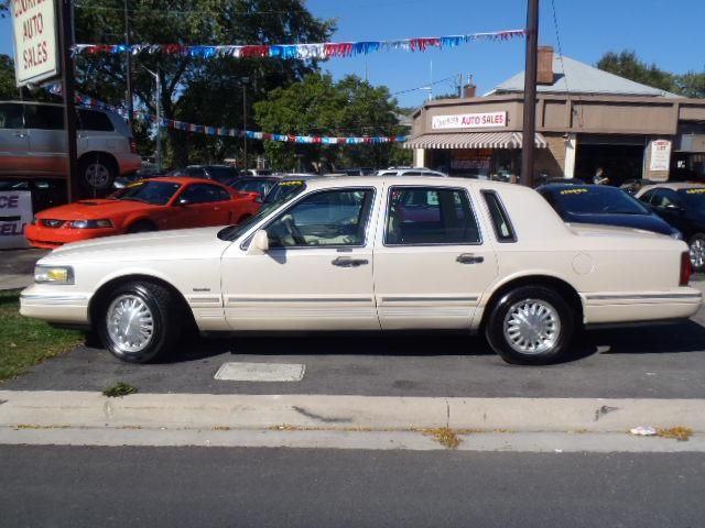 1997 lincoln town car signature   st catharines ontario used car for sale   1529422
