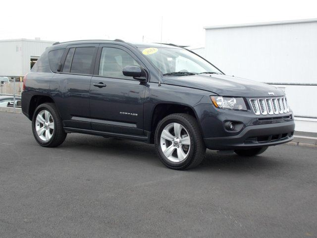 2014 jeep compass sport north 4dr 4x4 grey macphee ford. Black Bedroom Furniture Sets. Home Design Ideas