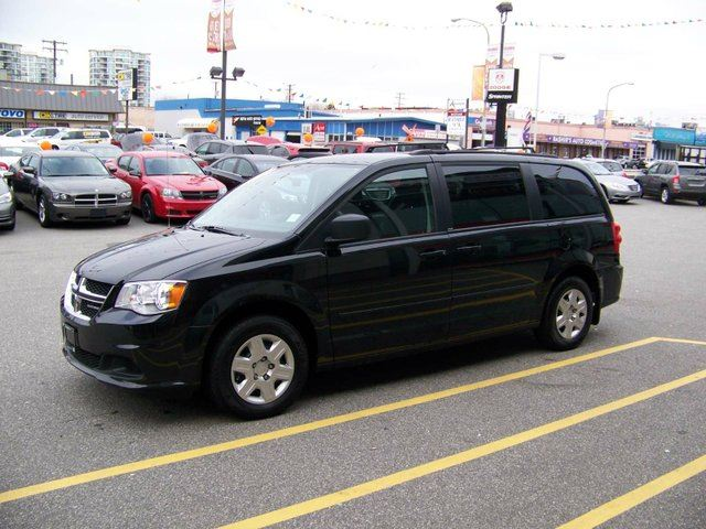 2012 dodge grand caravan se sxt richmond british. Black Bedroom Furniture Sets. Home Design Ideas