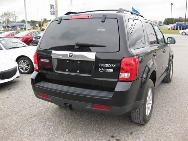 used 2008 mazda tribute gs awd trois rivieres. Black Bedroom Furniture Sets. Home Design Ideas