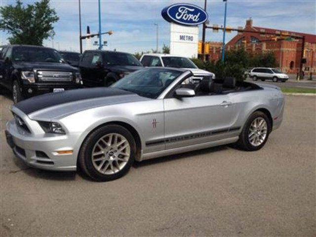 2014 ford mustang v6 premium silver metro ford. Black Bedroom Furniture Sets. Home Design Ideas