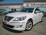 2013 Hyundai Genesis w/Technology Pkg in Barrie, Ontario
