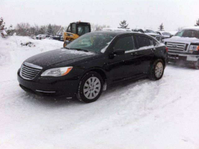 2011 CHRYSLER 200 LX 4dr Sedan in Edmonton, Alberta