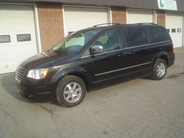 2009 chrysler town and country touring black preferred auto center. Black Bedroom Furniture Sets. Home Design Ideas