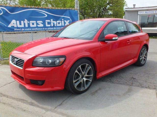 2008 VOLVO C30 2.4i in Longueuil, Quebec