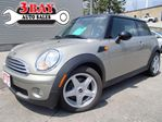 2010 MINI Cooper Classic/NO ACCIDENTS in Kitchener, Ontario