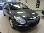 2009 Hyundai Elantra 5 SPEED//CERTIFIED//2 YEARS WARRANTY in North York, Ontario