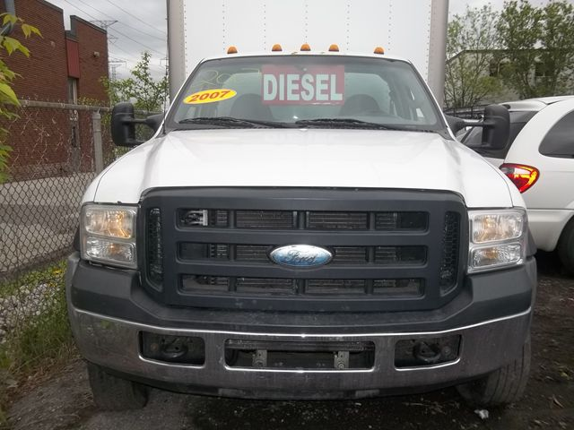 2007 FORD F-550 Super Duty XL in Pickering, Ontario