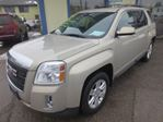 2011 GMC Terrain WELL EQUIPPED SLE MODEL 5 PASSENGER ECO-TEC ENGINE.. PIONEER AUDIO.. AUX/USB.. in Bradford, Ontario