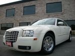 2005 Chrysler 300 TOURING,LEATHER,SUNROOF,EXTENDED WARRANTY in Toronto, Ontario