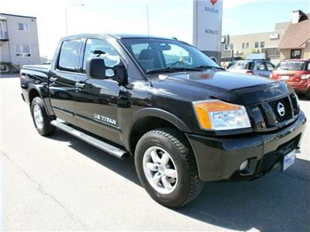 2012 nissan titan pro 4x amos quebec used car for sale 1729087. Black Bedroom Furniture Sets. Home Design Ideas