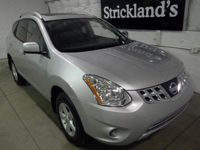 2013 nissan rogue special edition awd windsor ontario used car for sale 1734122. Black Bedroom Furniture Sets. Home Design Ideas