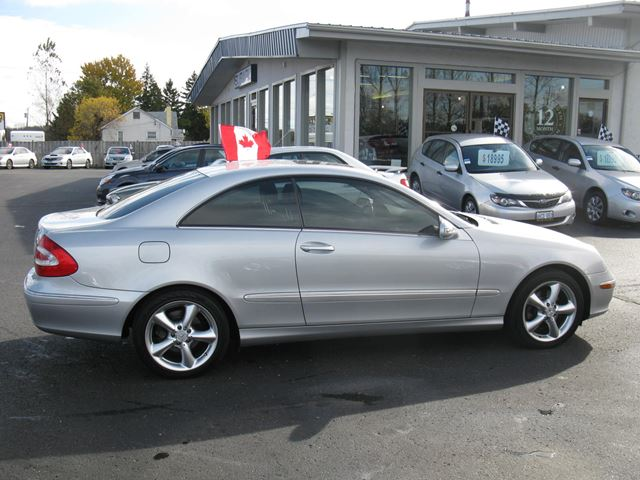 2005 mercedes benz clk class silver stratford subaru for Mercedes benz clk 2005