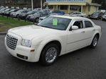 2008 Chrysler 300 Touring in Richmond Hill, Ontario