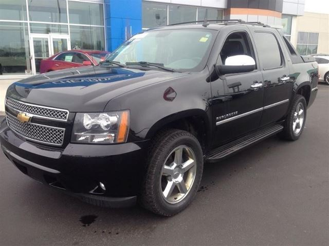 2011 chevrolet avalanche ltz cambridge ontario car for sale 1754302. Black Bedroom Furniture Sets. Home Design Ideas