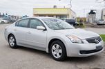 2009 Nissan Altima 4 Cyl Auto Push Start in Brampton, Ontario