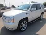 2010 Cadillac Escalade LOADED AWD 7 PASSENGER CAPTAINS.. 3RD ROW.. LEATHER.. ROOF.. DVD.. NAVIGATION.. in Bradford, Ontario