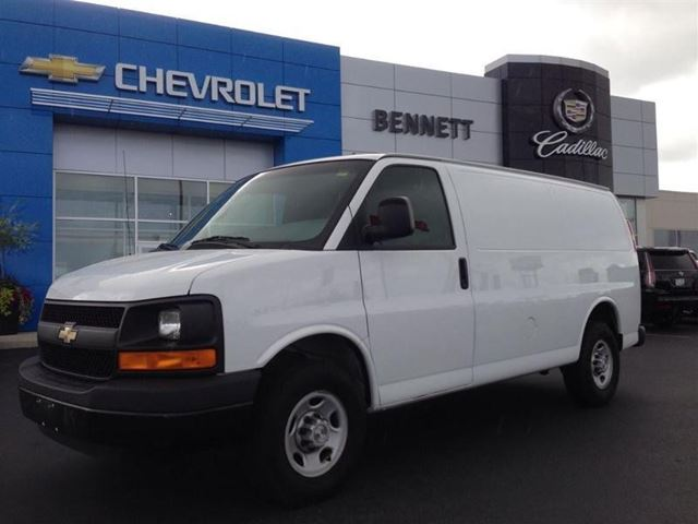 2009 chevrolet express 1500 cambridge ontario car for sale 1805201. Black Bedroom Furniture Sets. Home Design Ideas