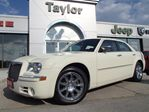 2010 Chrysler 300 Limited w/NAV,leather,chrome,climate control in Hamilton, Ontario