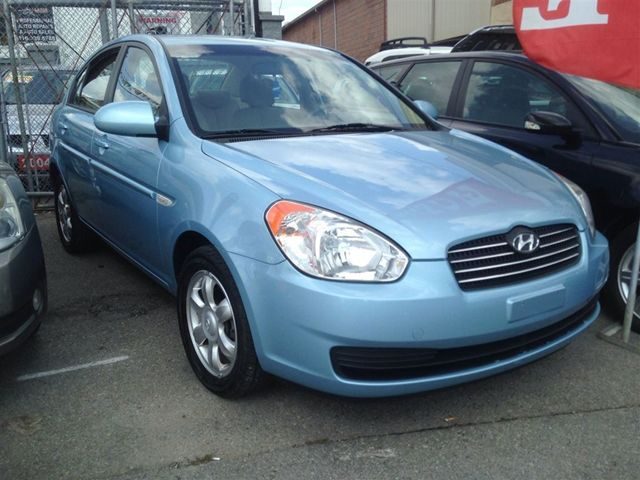 2007 hyundai accent gl scarborough ontario used car for. Black Bedroom Furniture Sets. Home Design Ideas
