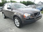 2005 Volvo XC90 3 YEARS WARRANTY INCLUDED IN THE PRICE in Mississauga, Ontario