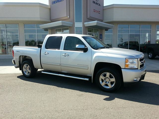 2010 CHEVROLET SILVERADO 1500           in Claresholm, Alberta