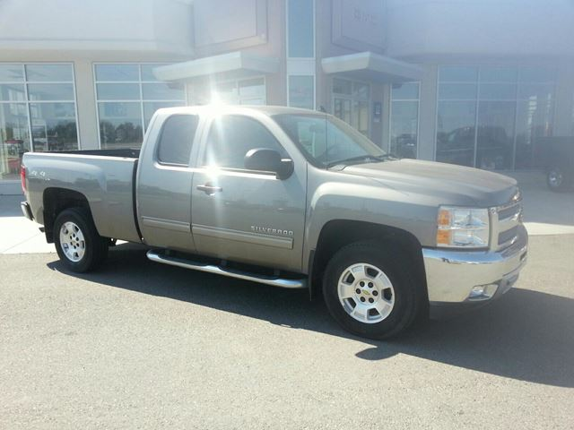 2012 CHEVROLET SILVERADO 1500           in Claresholm, Alberta
